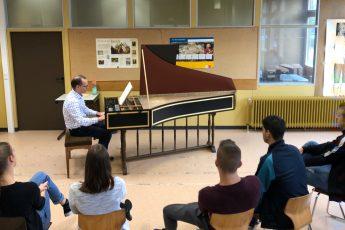 """""""Cembalo live"""" – besonderer Musikunterricht im Jahrgang 11"""